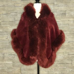 Fashionable wine-red faux-fur shrug